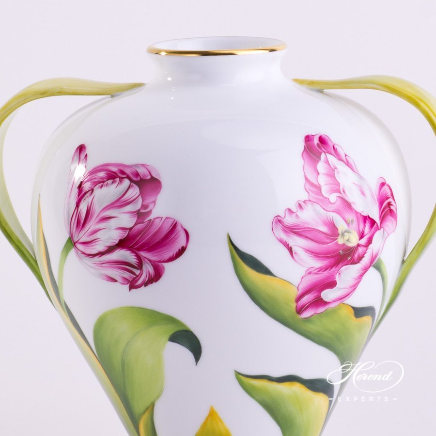 Vase with Tulip 7126-0-00 C Naturalistic pattern - Herend porcelain hand painted.