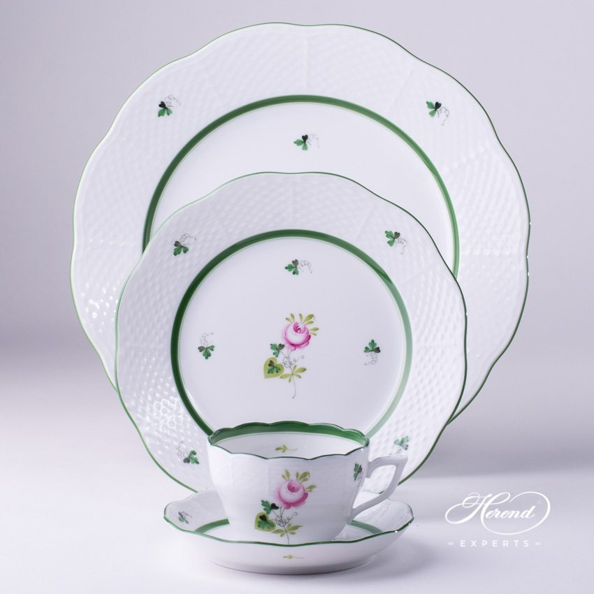 Place Setting 4 Pieces - Herend Vienna / Viennese Rose VRH Green pattern. Herend fine china hand painted. Classic Herend design