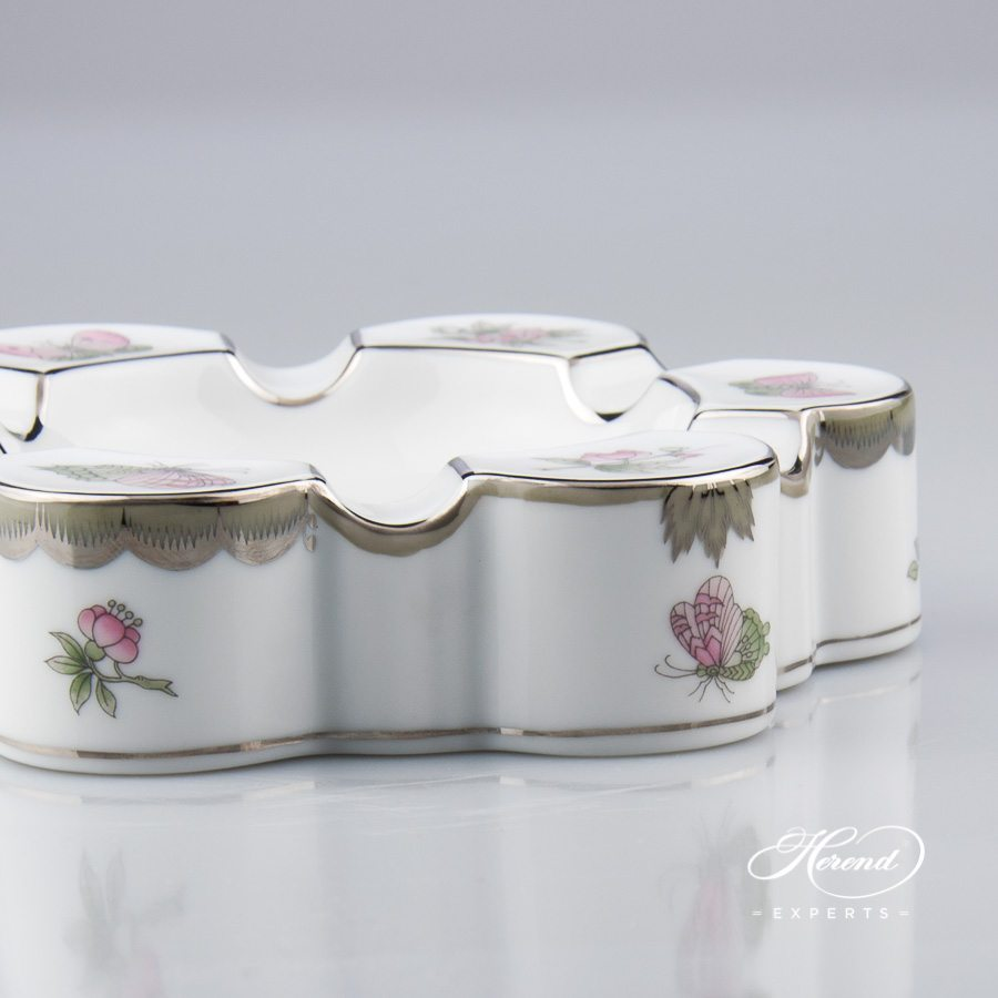Ashtray 7700-0-00 VBOG-X1-PT Queen Victoria Platinum pattern. Herend fine china hand painted