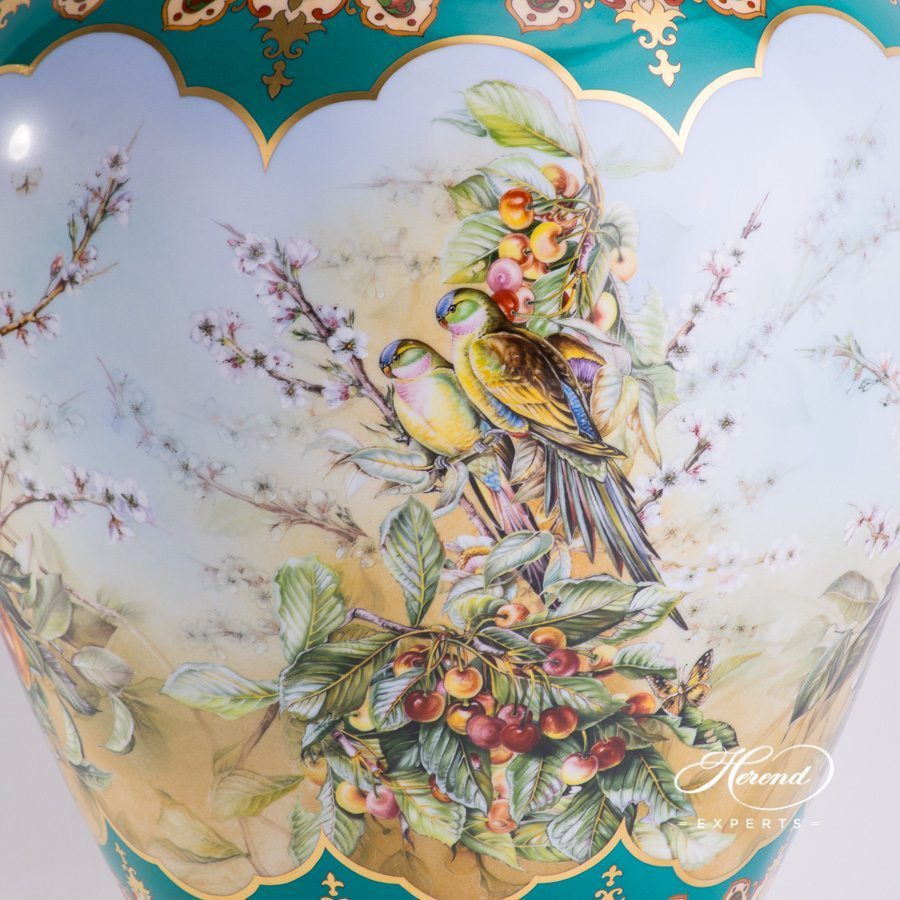 Large Vase - Tropical Birds 6571-0-15 SP875 Special pattern - Herend hand painted porcelain.