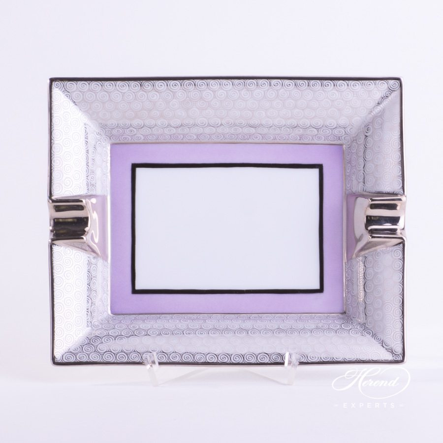 Ashtray 7792-0-00 ORIENTL-PT Orient Lilac with Platinum decor. Herend porcelain hand painted