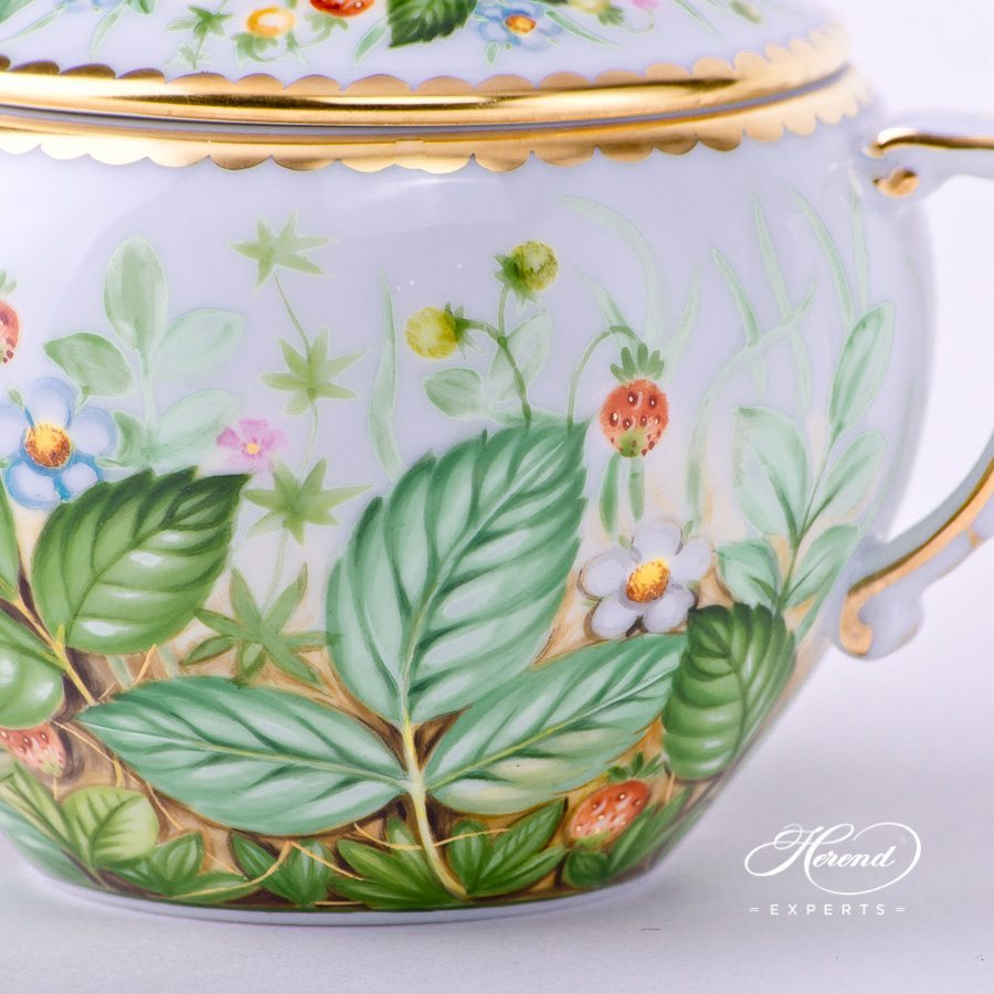 Sugar Basin with Twisted Knob 20472-0-06 FSB Strawberry decor. Herend porcelain hand painted. Luxury design