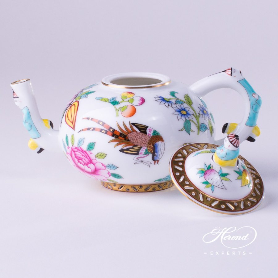 Tea Pot w. Mandarin Knob 3305-0-21 SP225 Special Oriental pattern. Herend porcelain hand painted
