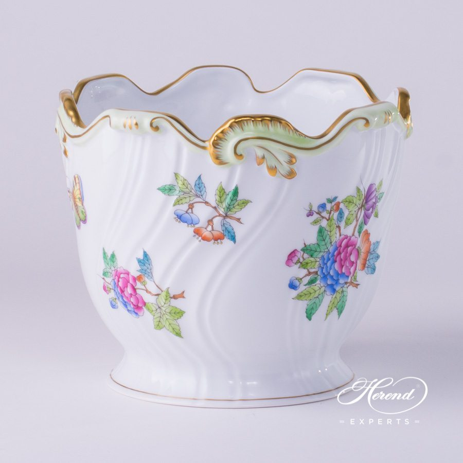 Flower Pot / Fancy Dish 7227-0-00 VBA Queen Victoria design. Herend fine china hand painted. Classic pattern