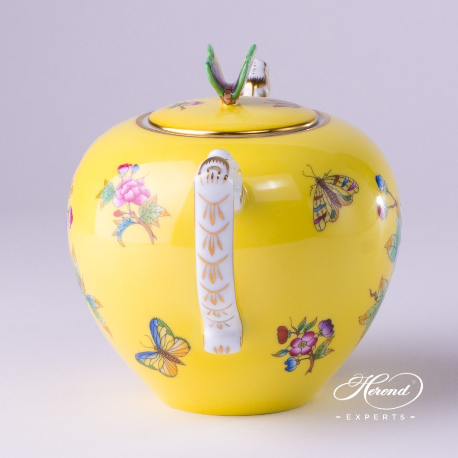 Tea Pot with Butterfly Knob 20606-0-17 VE-FJ Yellow Queen Victoria pattern. Herend porcelain hand painted