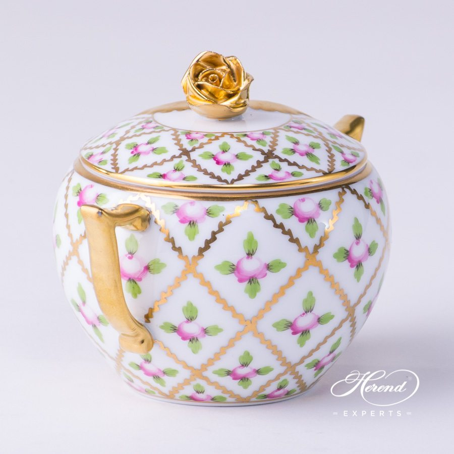 Sugar Basin w. Rose Knob 20472-0-09 SPROG Sevres Roses design. Herend fine china hand painted. Classical and Luxury Herend pattern