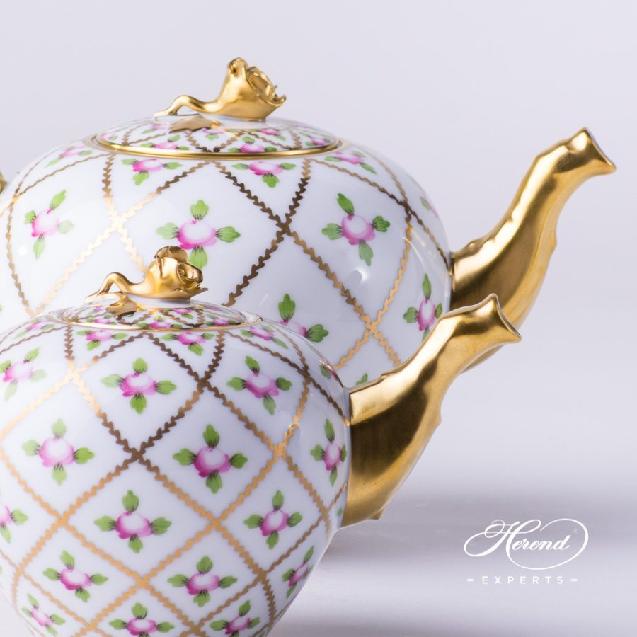 Tea Pot with Rose Knob 20608-0-09 SPROG and 20606-0-09 SPROG Sevres Roses pattern. Herend porcelain hand painted