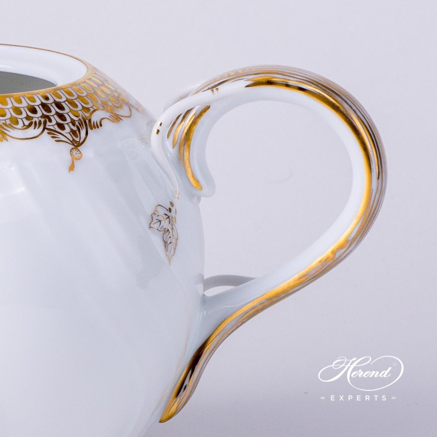 Tea Pot with Butterfly Knob 1606-0-17 A-ETOR Gold Fish Scale decor. Herend porcelain tableware. Hand painted