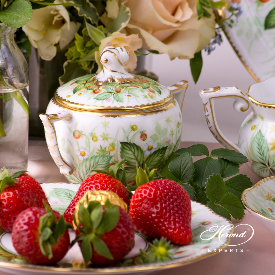 Tea Set for 2 Persons Strawberry FSB pattern. Herend porcelain hand painted