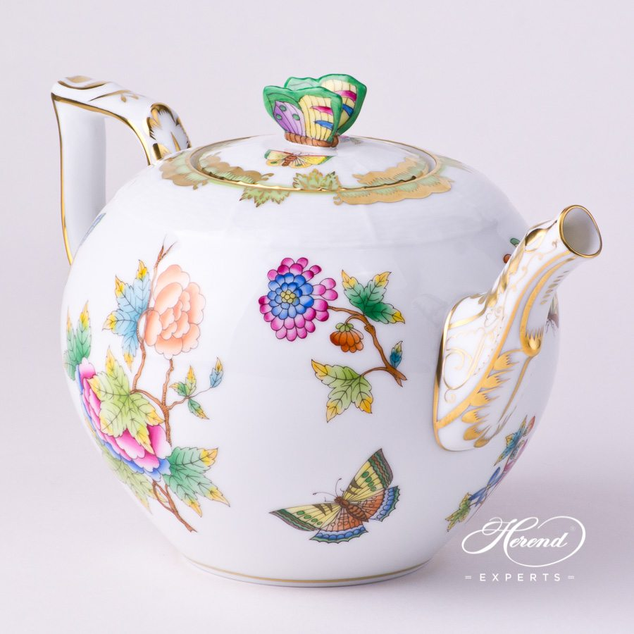 Tea Pot with Butterfly Knob 604-0-17 VBO Queen Victoria decor. Herend porcelain tableware. Hand painted
