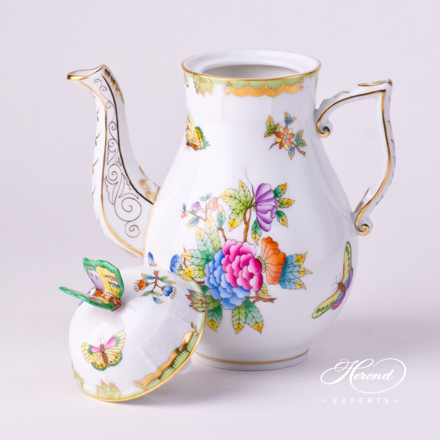 Coffee Pot / Espresso Pot with Butterfly Knob  614-0-17 VBO Queen Victoria decor. Herend porcelain tableware. Hand painted