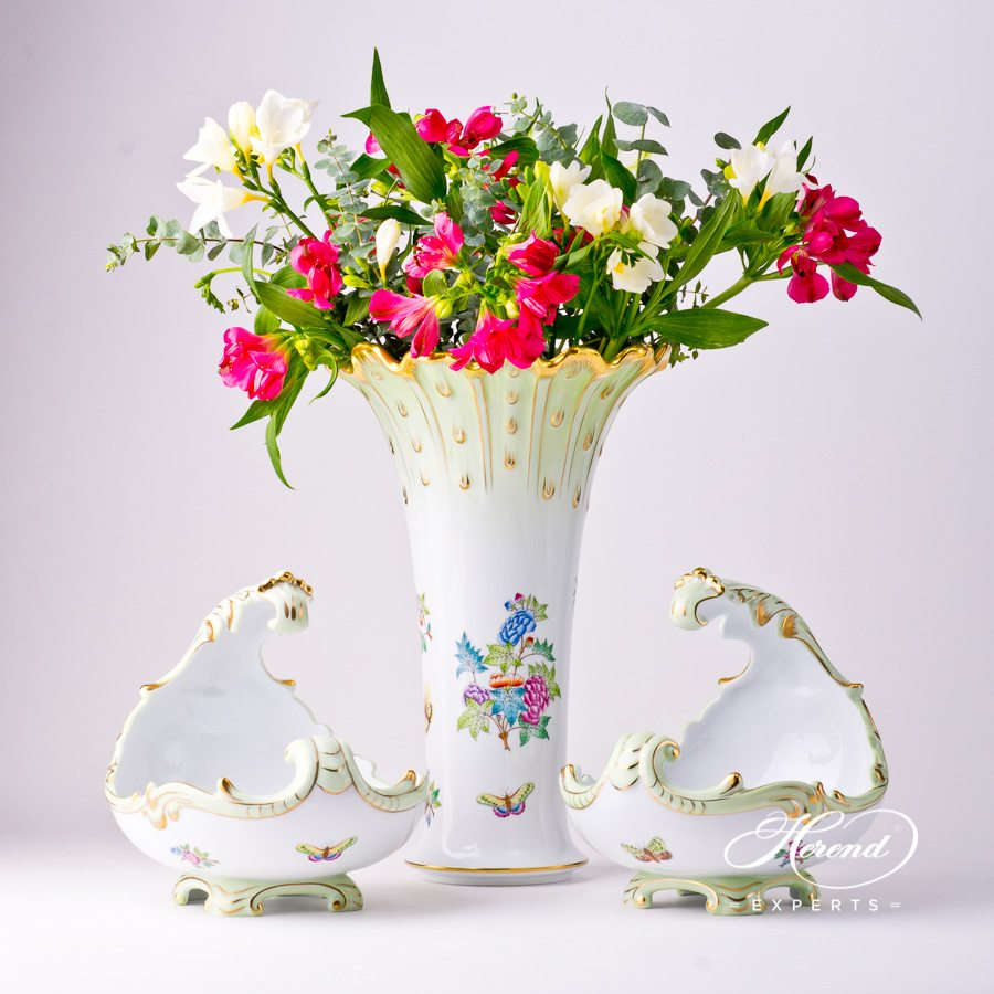 Baroque Shell 7511-0-00 VBA Queen Victoria decor. Herend porcelain tableware. Hand painted