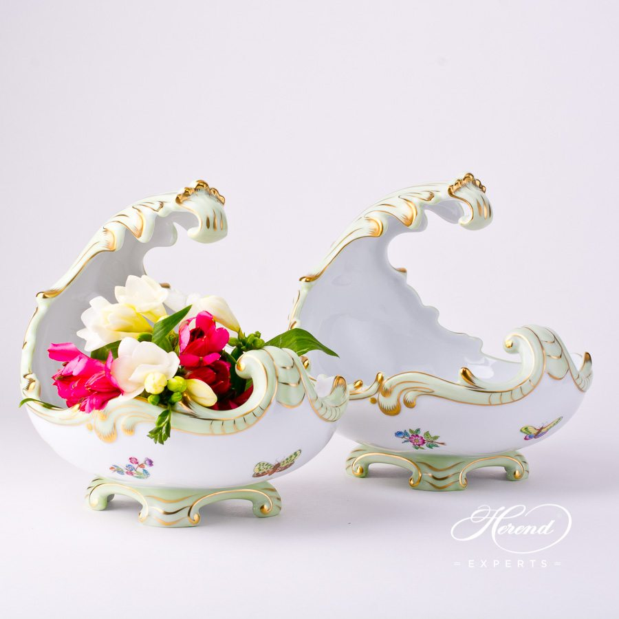 BaroqueShell7511-0-00 VBA Queen Victoria decor. Herend porcelain tableware. Hand painted
