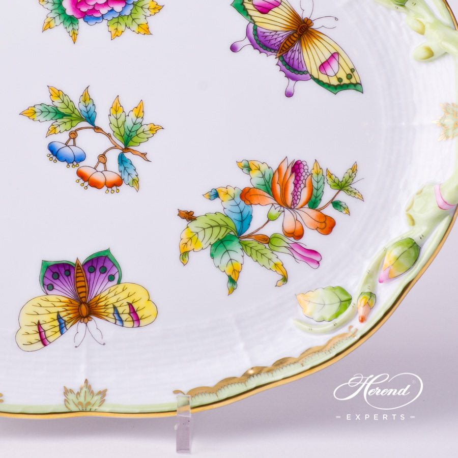 Cake Plate 412-0-00 VBO Queen Victoria decor. Herend porcelain tableware. Hand painted