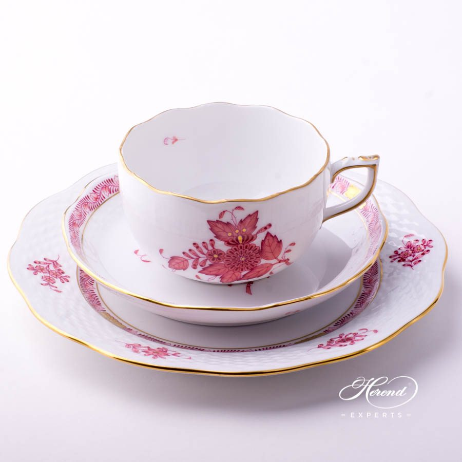 Tea Cup w. Dessert Plate - Herend Chinese Bouquet Raspberry / Apponyi Purple - AP design. Herend fine china