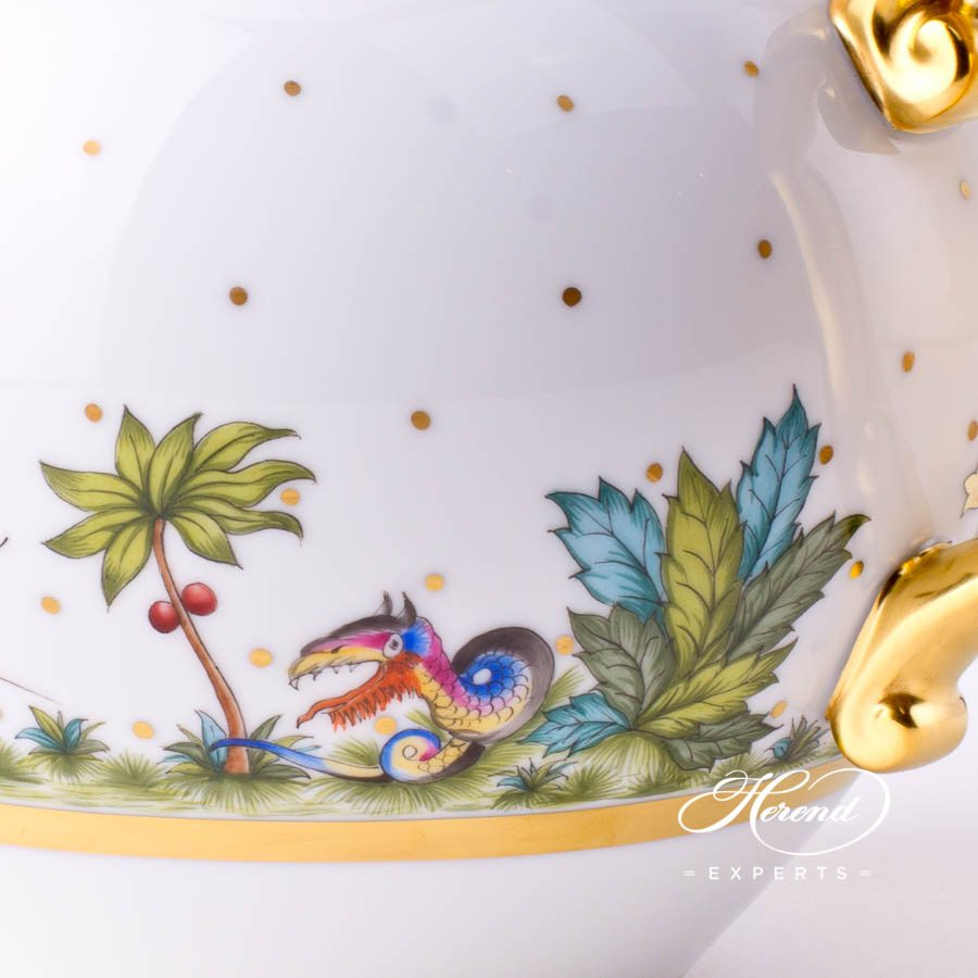 Tea Pot with Twisted Knob 20603-0-06 FODO Oriental Showmen or Asian Garden decor. Herend porcelain tableware. Hand painted