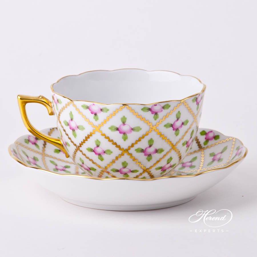 Tea Cup and Saucer 20701-0-00 SPROG Sevres Roses decor. Herend porcelain tableware. Hand painted