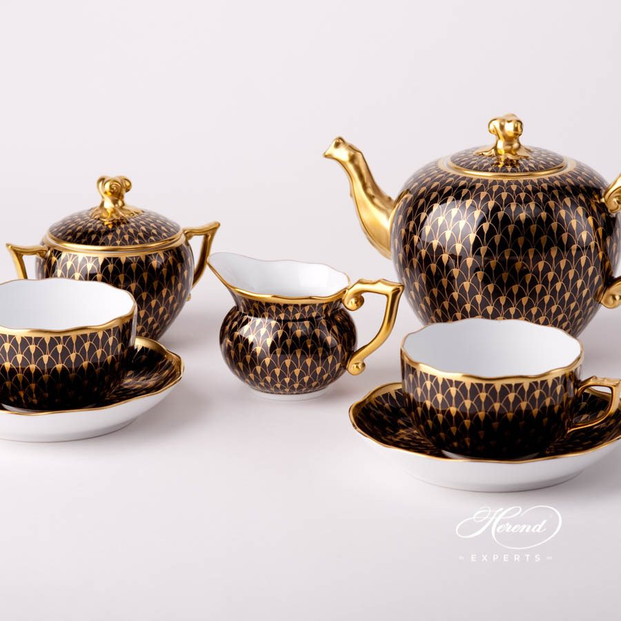 Creamer 20644-0-00 VHN-OR Gold Fish Scale on Black Background pattern. Herend fine china tableware. Hand painted