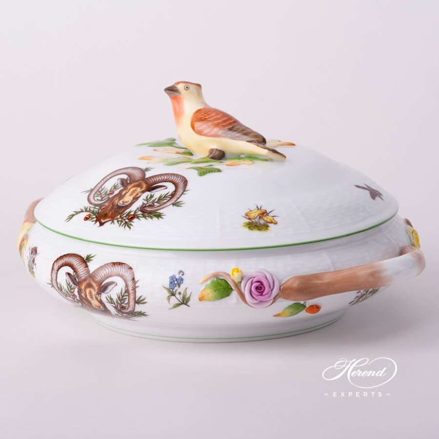 Vegetable / Ragout Dish 86-0-05 CHTM Hunter Trophies pattern with Green rim - Herend fine china. Vegetable Dish w. Branch Handles and Bird Knob
