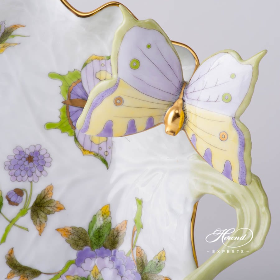 Leaf Dish with Butterfly 7757-0-17 EVICT1 - Royal Garden Green Flower w. Butterfly design. Herend fine china tableware. Hand painted