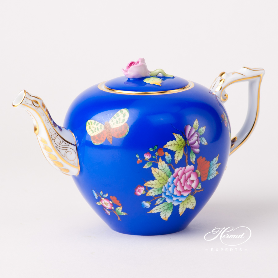 Tea Pot with Butterfly Knob 20606-0-09 VE-FB Queen Victoria VBO design on Blue Background. Herend fine china tableware. Hand painted