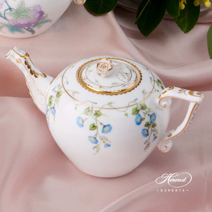 Teapots of Herend. Herend fine china tableware. Hand painted