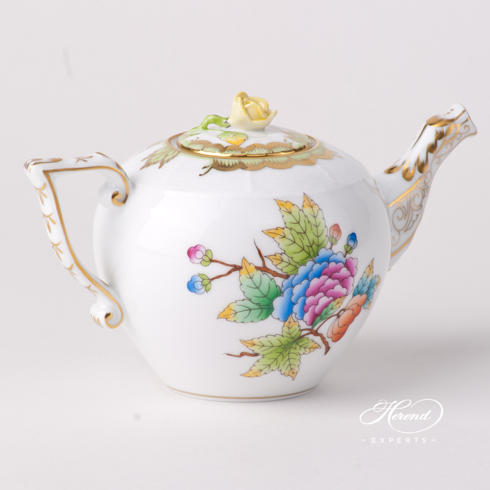 Miniature Tea Pot w. Rose Knob 608-0-09 VBO Queen Victoria design. Herend fine china tableware. Hand painted