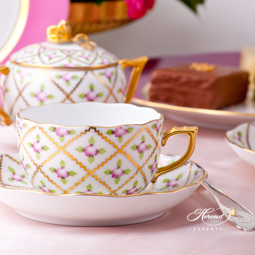 Tea Set w. Cake Standfor2 Persons - Sevres Roses SPROG design. Herend fine china hand painted. Classic Herend pattern