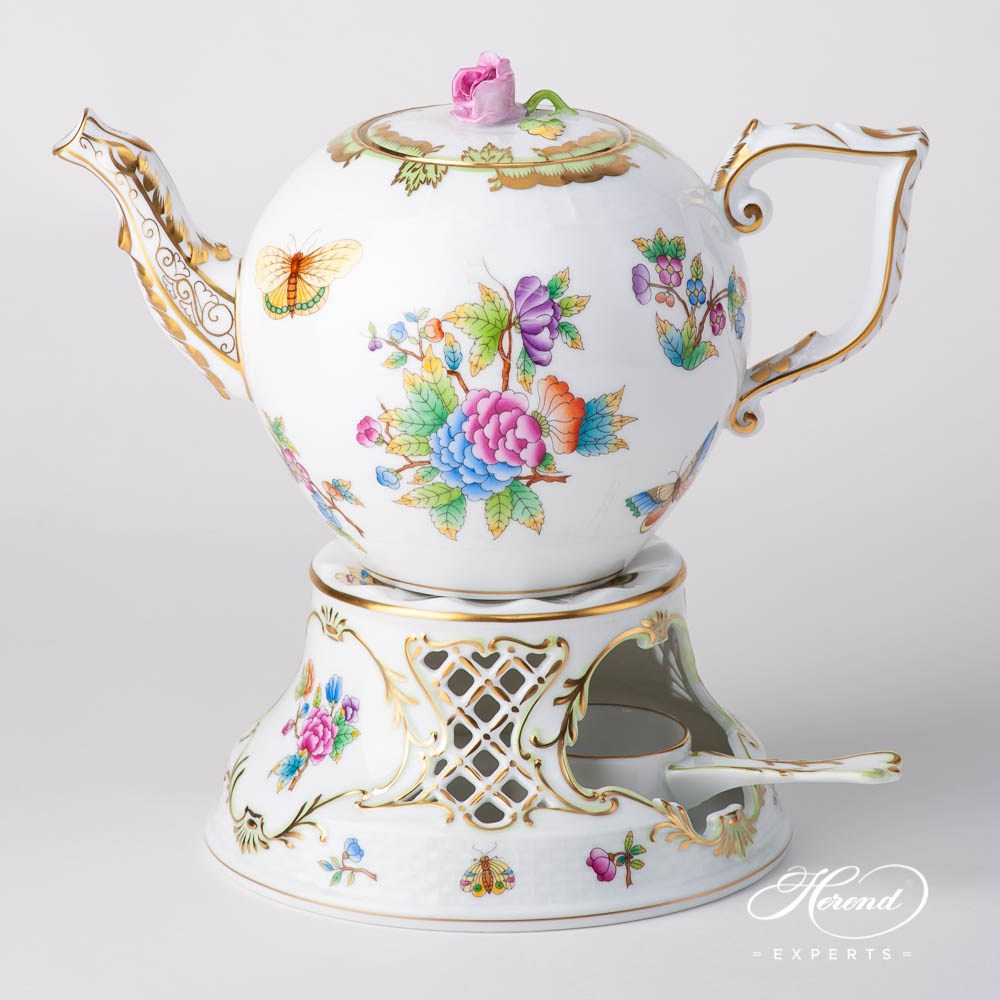 Tea Stovew. Inlay455-0-00 VBO Queen Victoria pattern. Herend fine china hand painted. Classic Herend pattern