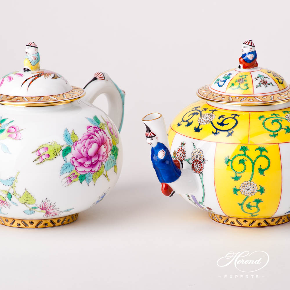 Tea Pot w. Mandarin Knob 3304-0-21 Luxurious Butterfly and Siang Yellow designs. Herend fine china tableware. Hand painted