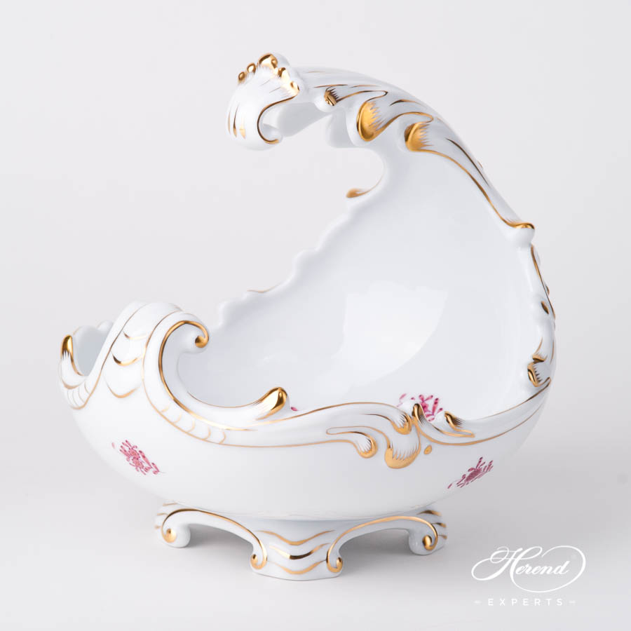 Baroque Shell 7511-0-00 AP2 Chinese Bouquet Raspberry / Apponyi Light Purple design. Herend fine china