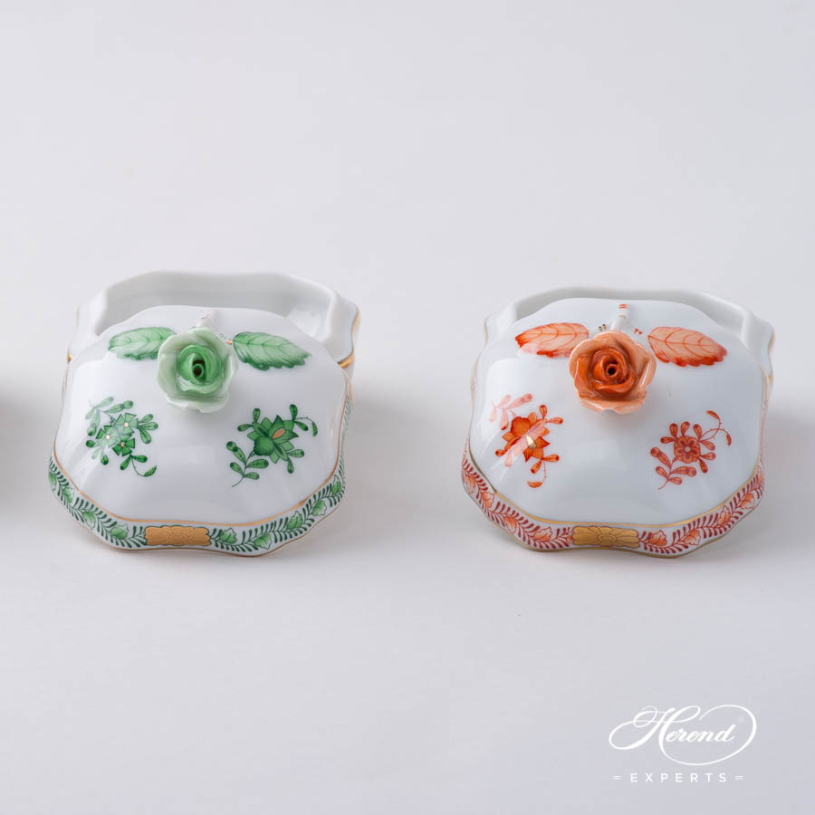 Fancy Box w. Rose Knob 6179-0-09 FV Green and AOG Orange / Rust pattern. Herend fine china hand painted. Ornaments