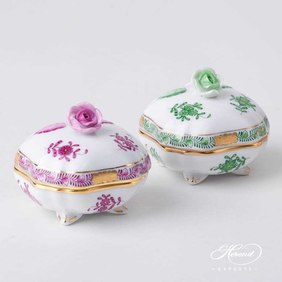 Fancy Box w. Rose Knob 6179-0-09 AP Purple and AV Green pattern. Herend fine china hand painted. Ornaments