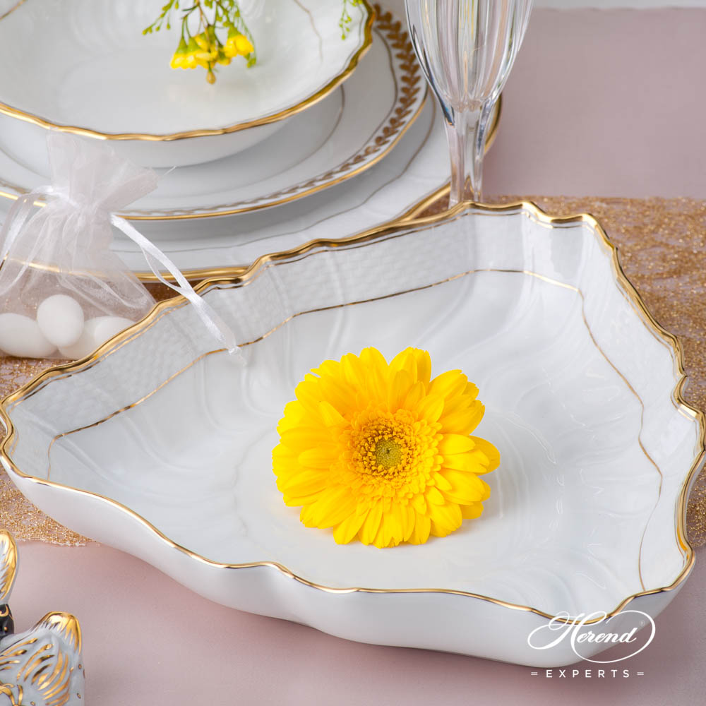 Dinner Set for 4 Persons- HerendHadik / Rich Golden Edge HDdesign. Herend fine china dinnerware. Hand painted