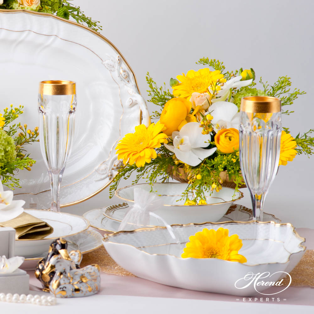 Dinner Set for 4 Persons - Herend Hadik / Rich Golden Edge HD design. Herend fine china dinnerware. Hand painted