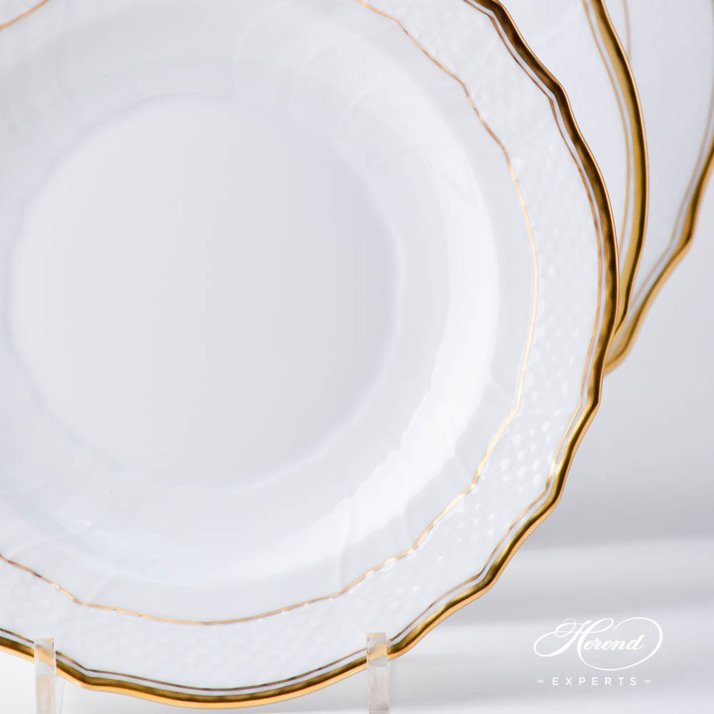 Place Setting 4 Pieces - Herend Hadik HD design. Herend fine china hand painted. Rich Golden Edge. Classical Herend design