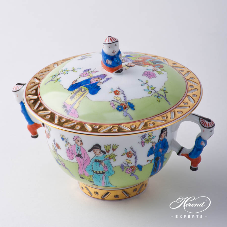 Oriental Cup w. Lid 3353-0-21 CSV CsungGreen pattern. Herend fine china hand painted. Oriental style Universal Cup