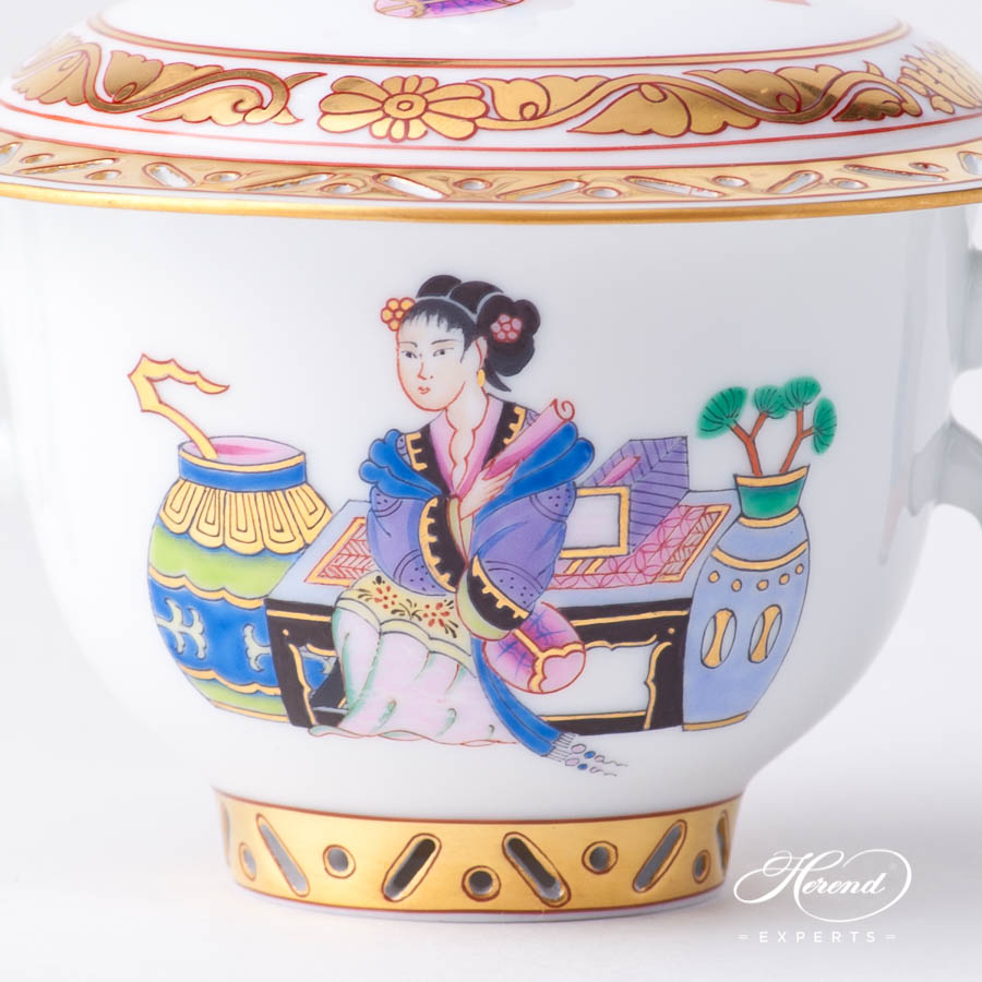Oriental Cup w. Lid 3353-0-21 MG Ming pattern. Herend fine china hand painted. Oriental style Universal Cup