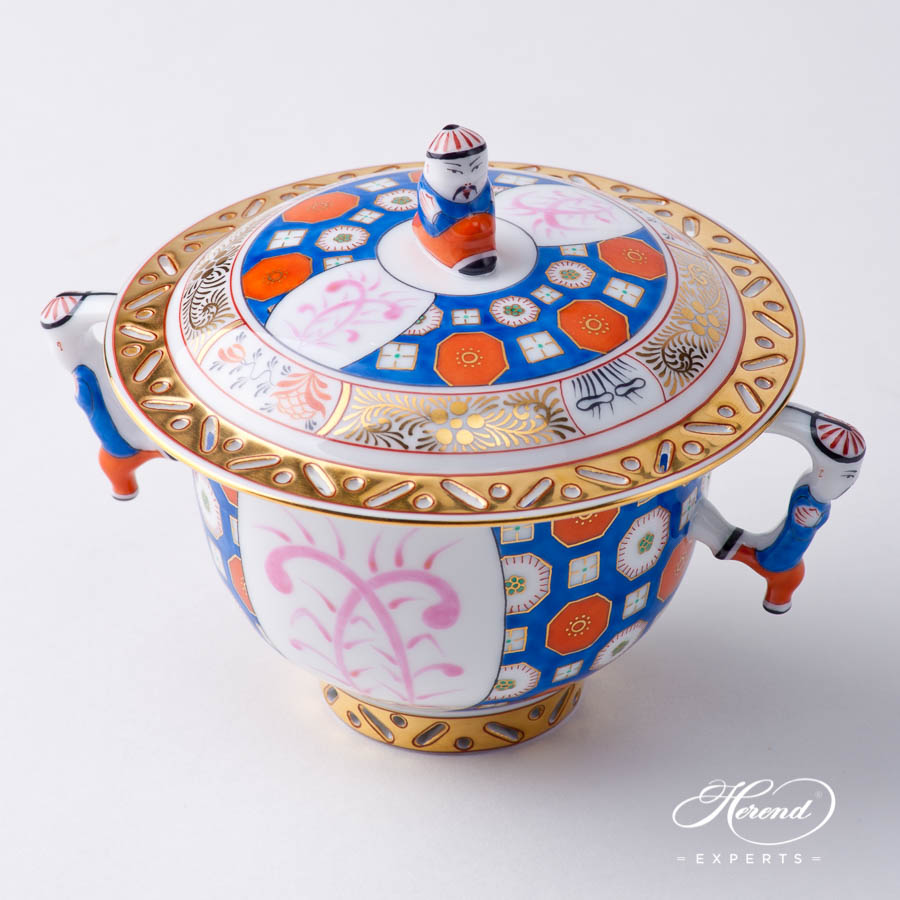 Oriental Cup w. Lid 3353-0-21 OS O'Sullivan pattern. Herend fine china hand painted. Oriental style Universal Cup
