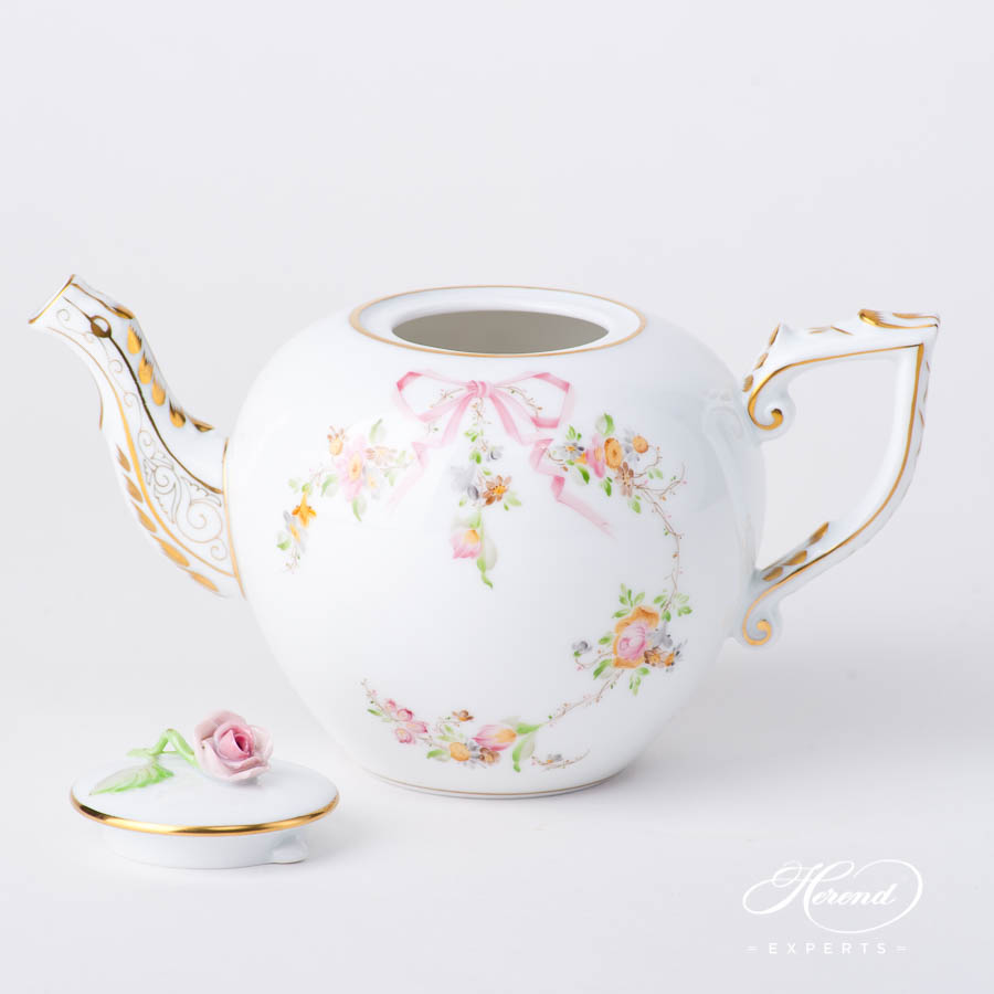 Tea Pot w. Rose Knob 20607-0-09 EDENP Eden Pink pattern. Herend fine china hand painted. Classical style tableware