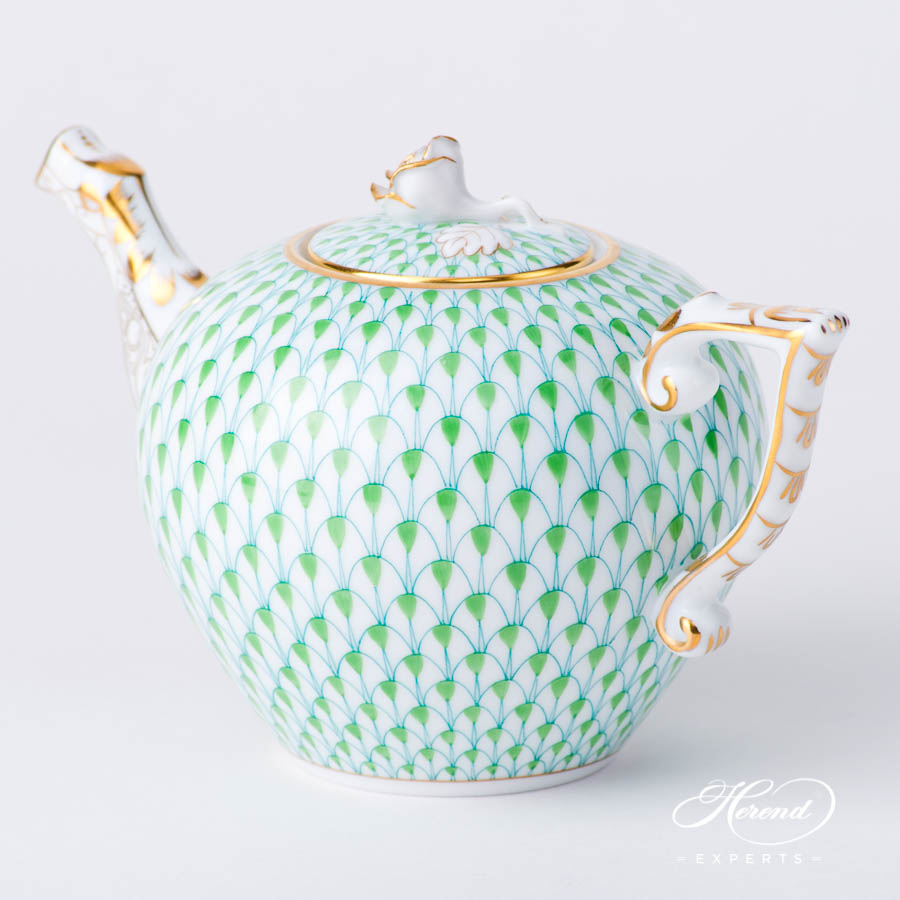 TeaPot w.Rose Knob 608-0-09 VHV2 Light Green Fish Scalepattern. Herend fine china hand painted. Modern style tableware