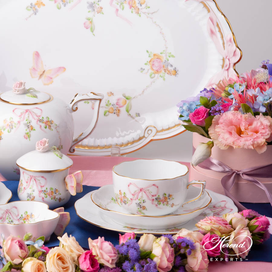 Tea Set for 2 Persons w. Dessert Plate - Herend Eden Pink EDENP design. Herend fine china hand painted. Classic Herend Flower pattern