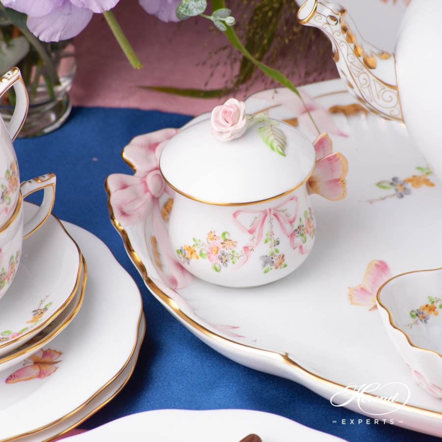 Tea Set for 6 Persons w. Dessert Plate - Herend Eden Pink EDENP design. Herend fine china hand painted. Classic Herend Flower pattern