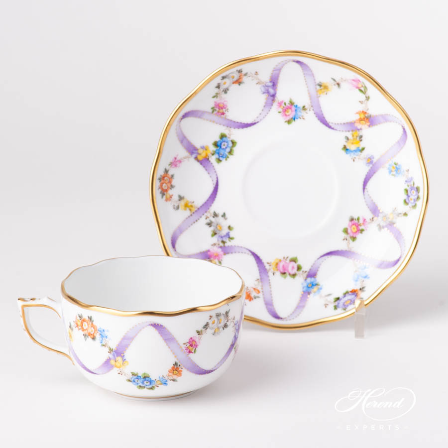Tea Cup w. Saucer 20724-0-00 FLR-X1 Flower Garland w. Lilac Ribbon pattern. Herend fine china hand painted. Classical style tableware