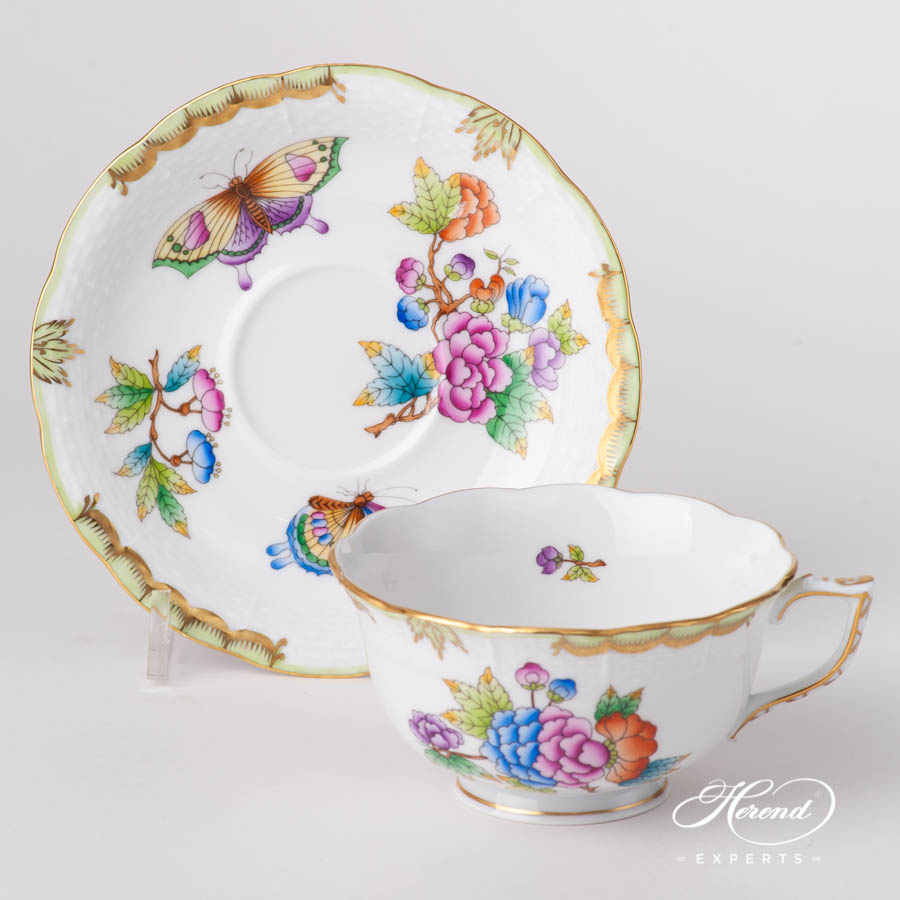 Tea Cup w. Saucer 733-0-00 VBO Queen Victoria pattern. Herend fine china hand painted. Classic style tableware