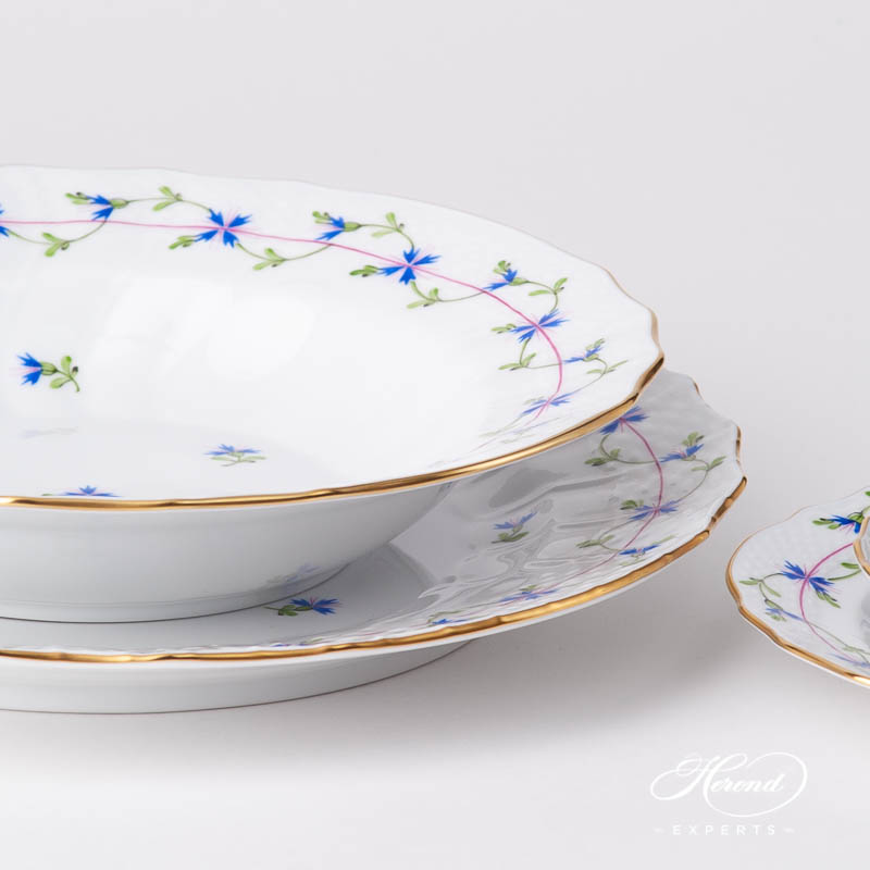 Place Setting 5 Pieces - Herend Cornflower Blue Garland PBG design. Herend fine china