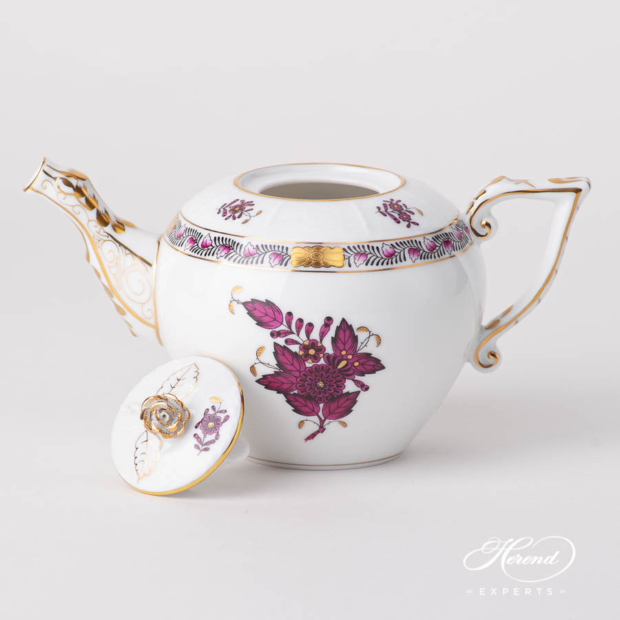 Tea Pot w. Rose Knob 608-0-09 AP3-X1 Chinese Bouquet / Apponyi Burgundy design. Herend fine china