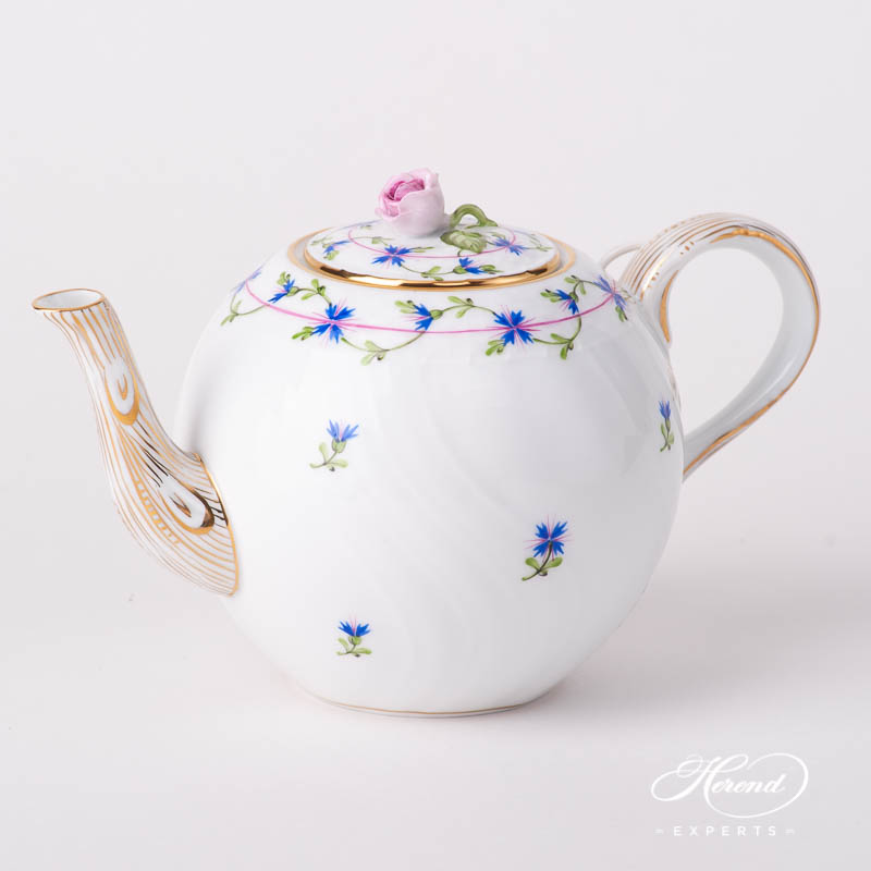 Tea Pot w. Rose Knob 1606-0-09 PBG Cornflower Blue Garland design. Shell shaped. Herend fine china