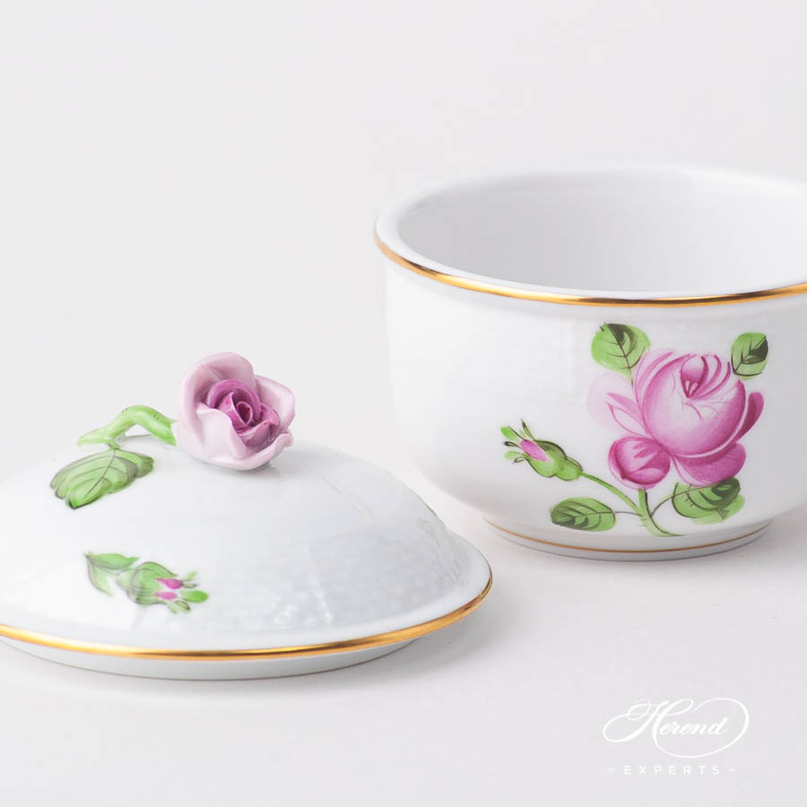 Fancy Box / Sugar Basin w. Rose Knob 464-0-09 PR Small Roses design. Herend fine china