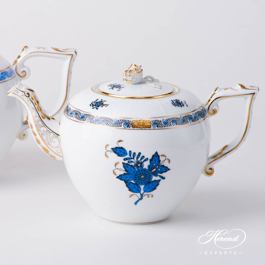 TeaPot w.Rose Knob 606-0-09 AB3-X1 Chinese Bouquet / Apponyi Navy Blue design. Herend fine china